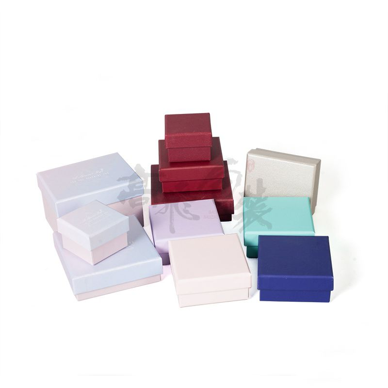 2019 New Green Box Digital Fashion Cardboard Jewelry Box Custom Gift Small Ring Box